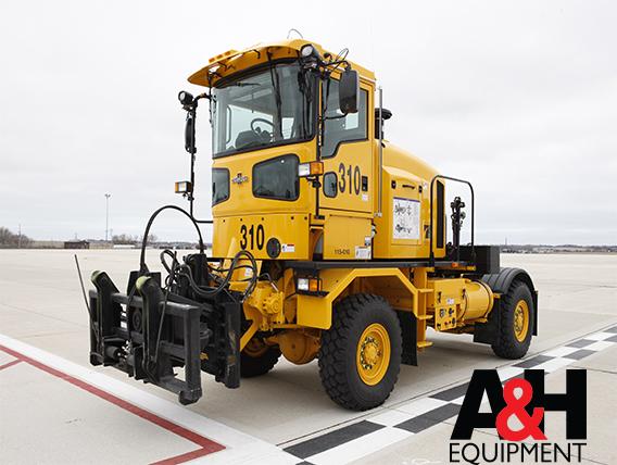 OshKosh® HT Tractor Series